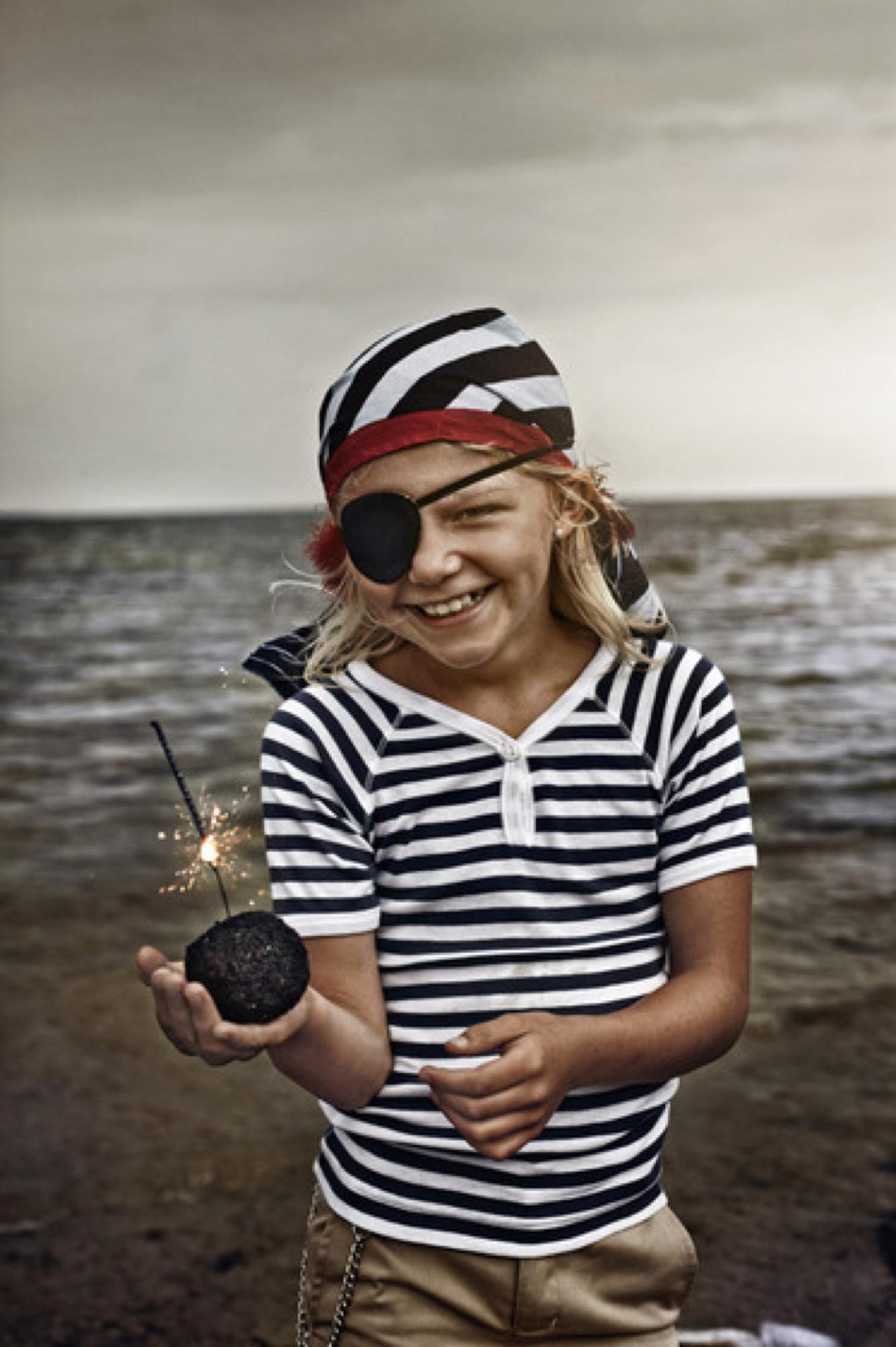 pirat05-128_01